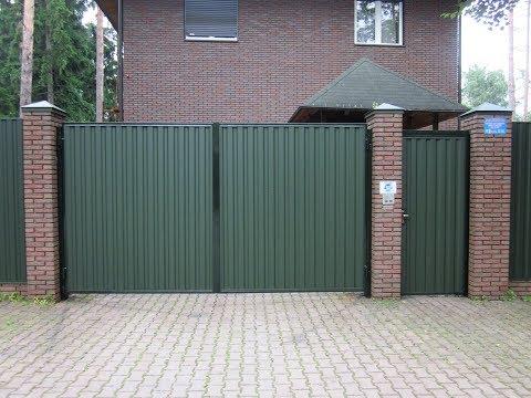 Забор из профнастила и ворота с электроприводом