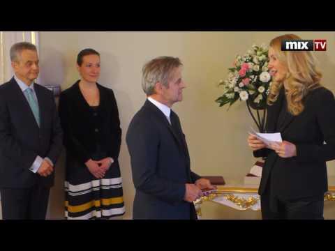 Церемония вручения Барышникову  паспорта гражданина Латвии #MIXTV