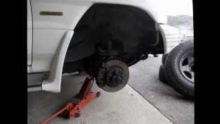 PAJEROのタイヤを交換しました。