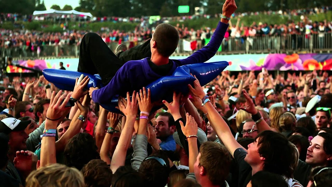 Download Tomorrowland 2011   official aftermovie