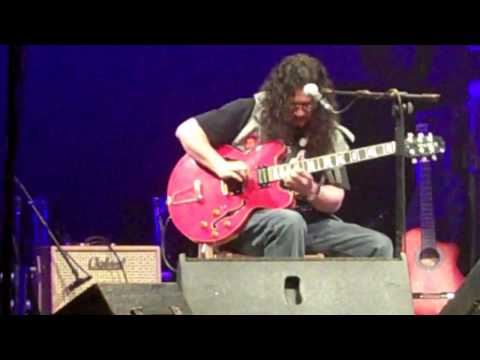 Raimundo Amador plays the Blues in Mojacar