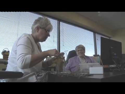 Treating Multiple Sclerosis with bee stings - 2013-07-31