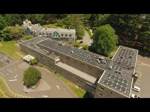 Ridgefield Academy Goes Solar