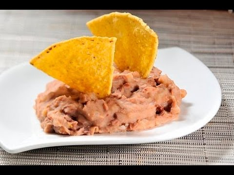 Frijoles refritos - Refried Beans - YouTube