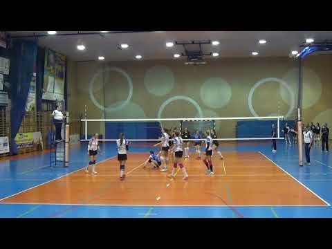 Paulina Ponikiewska LIBERO Polish League (A3) 2017-2018 nr 8 blue shirt II part