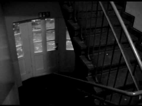 geist im geschwister scholl haus berwachungskamera youtube. Black Bedroom Furniture Sets. Home Design Ideas
