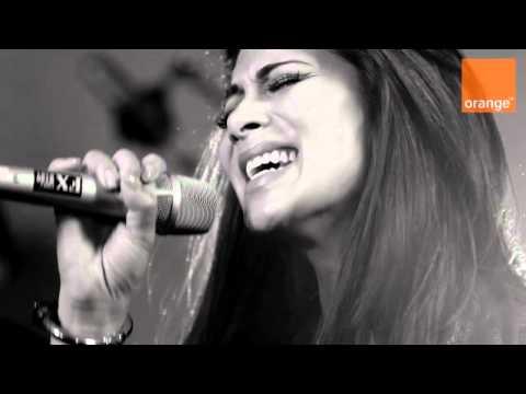 Nicole Scherzinger - Stickwitu (Acoustic Live Session Performance - 4th March 2011)