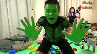 ハルクごっこ 🤢 Pretend Play Hulk thumbnail