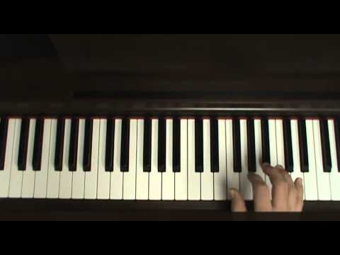 How to play Roses (intro) by OutKast on piano