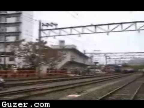Испытание тормозов поезда в экстренной ситуации