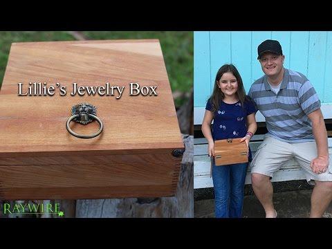 Lillie's Jewelry Box