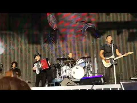 Dream Baby Dream in Horsens by Bruce Springsteen on July 20th 2016