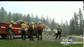 Crews building containment lines around Little Spokane Fire