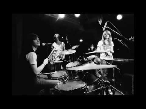 Клип Coockoo - I Can't Remember