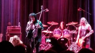 Gene Simmons Goes After Heckler In Audience - The Vets Auditorium, Prov, RI 11-12-2017