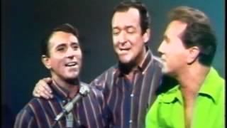 Marty Robbins Sings 'An Evening Prayer '   YouTube