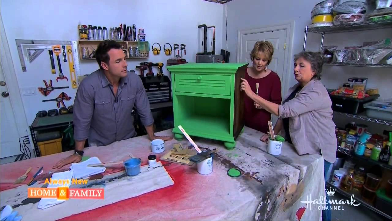 Annie Sloan Demonstrates Chalk Paint On Home Family On Hallmark
