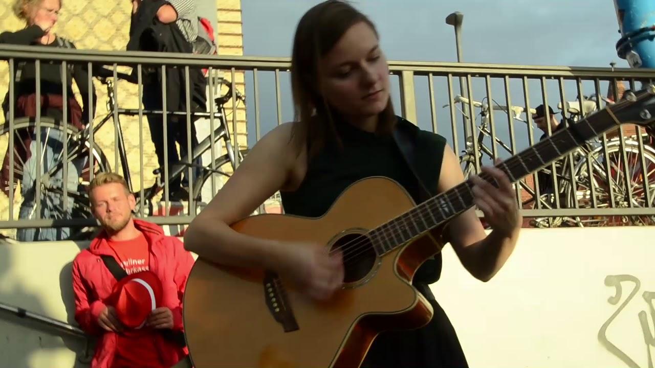 Linda Runa Unplugged Wohnzimmerkonzert Im Ausflug ESMD