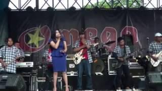 Video OMEGA Rock dangdut - Lungset - voc. Anita Clarissa download MP3, 3GP, MP4, WEBM, AVI, FLV Agustus 2018