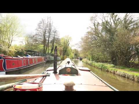 SLOW TV - Turn left for London (Grand Union Canal)