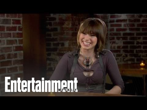 Siobhan Magnus, Glassblower: Chapter 1 | Idolatry | Entertainment Weekly