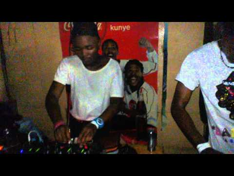 Dj joejo,dj sk at mawawa/ziyawa cool spot in gugulethu,cape town