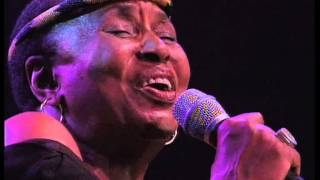 miriam makeba meet me at the river live at the north sea jazz festival 2002