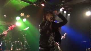 "Japanese QUEENSRYCHE tribute band: ""Jyotei Kocka"" plays ""Revolution..."