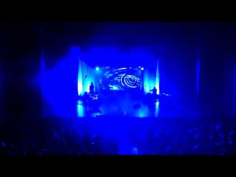 SOUFFLE (Martin Ferron) live  - Du Début de l'Univers à l'Homme  (musique, dessin sur sable, récit)