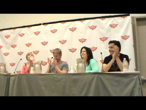 Phoenix ComiCon 2013 Jerry Jewell, Alexis Tipton, Lex Lang and Sandy Fox Panel part 1