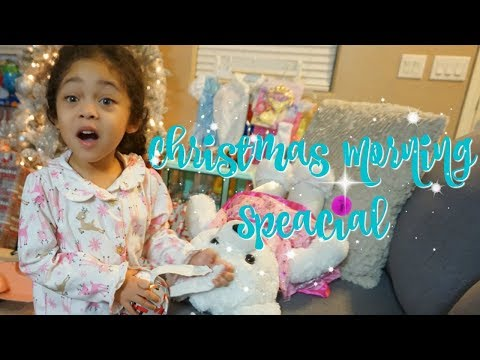 CHRISTMAS MORNING SPECIAL OPENING PRESENTS | VLOGMAS 25 | RAISING HALO
