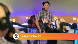 Gambar cover Jason Mraz - Rocket Man (Elton John cover,  Radio 2 Breakfast Show session)
