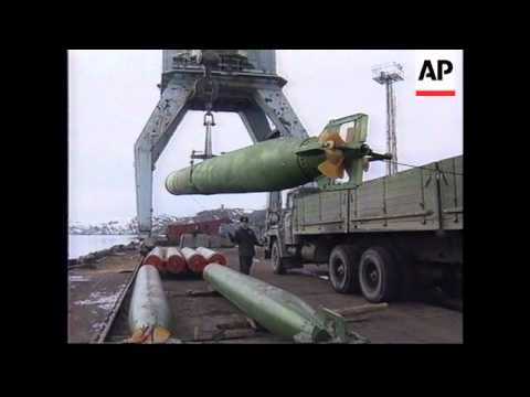 RUSSIA: MURMANSK: RUSSIAN SUBMARINE BASE