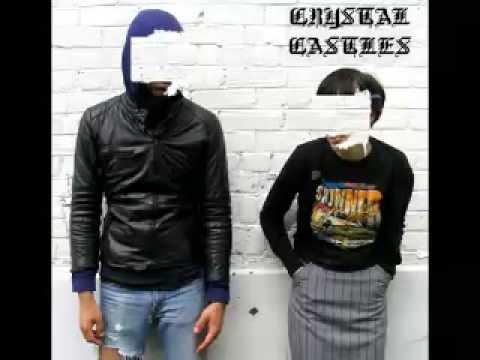 Crystal Castles - Loving And Caring   [Instrumental]