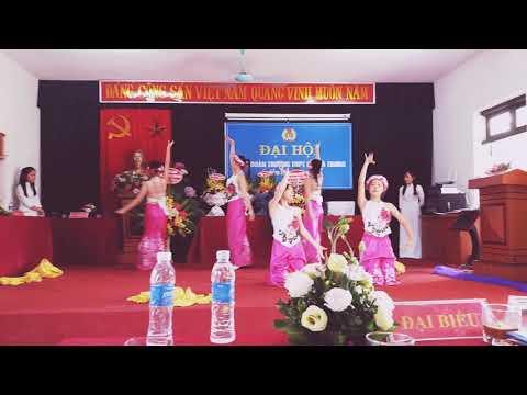 Múa dân gian Sóng lụa ven đô 11A1 THPT HBT 2017- 2018