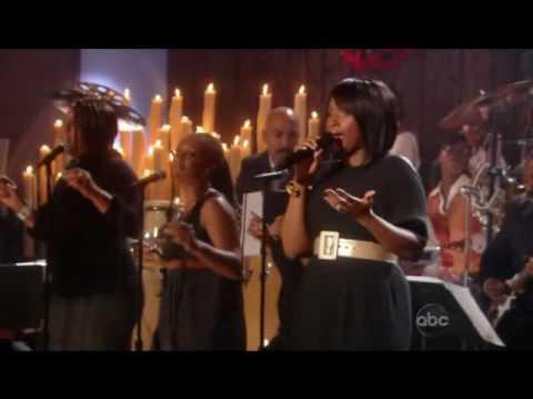 Jennifer Hudson - Christmas Gospel Medley - YouTube