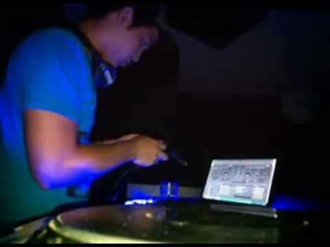 Live Session At.Nuvo cuarto Azul | Electro Party by Sound Panama