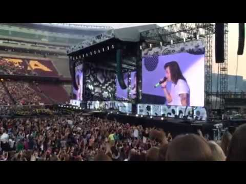 One direction mpls 2015 opening song