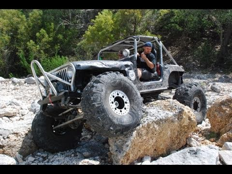 Chaparro MIKE BIG BAD CJ7 Jeep Roll OVER AND RECOVER TURKEYRUN.mp4