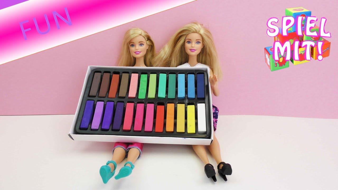 Deutsches Barbie Girl mit drallen Titten fickt Mitbewohner