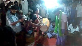এই মহিলার ঢোল বাজানো দেখলে আপনি ও অবাক হয়ে যাবেন , ভিডিওটি দেখুন !!! Woman's Drumming! Wow !!!