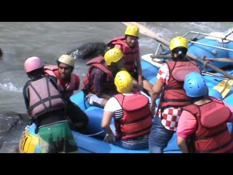 River Rafting in Himalayas | Kullu Himachal River Rafting | Start of River Rafting | Part 1