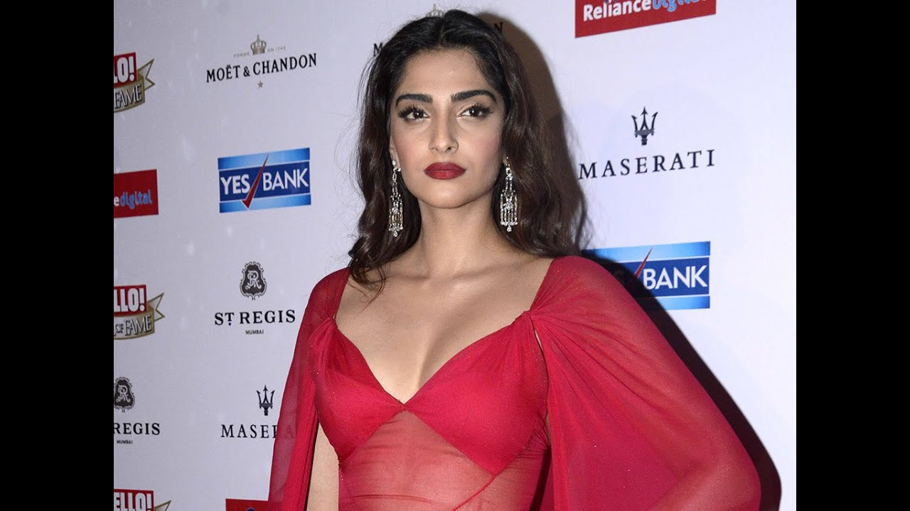 Fake Nude Images Of Sonam Kapoor