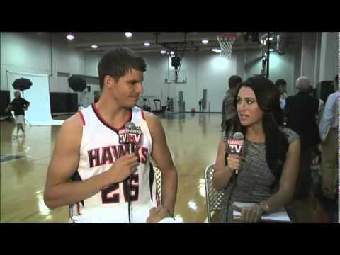 Kyle Korver interview at Hawks Media Day