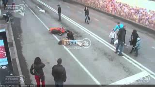 Мопед сбил пешехода на ул. Красной 21.03.15
