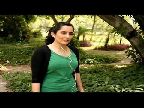 Pakistani Actress Sabreen Hisbani Looking Hot Figure