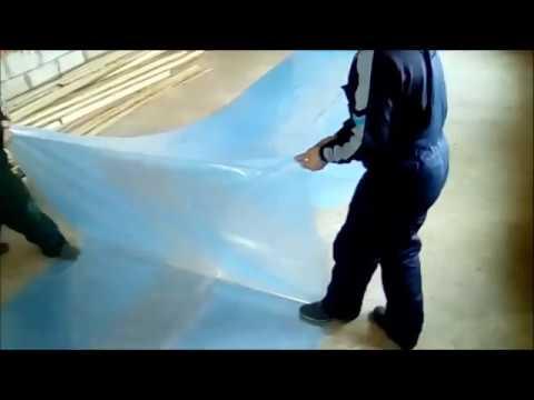 видео: Как склеить пленку для теплицы Подробное объяснение