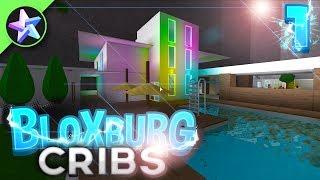 THIS HOTEL IS AMAZING! - Bloxburg Cribs - Episode 1