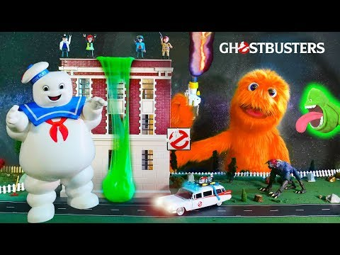 Fuzzy & Ghostbusters get Green Slimed! 👻👻 Snowflake learns to be Brave!