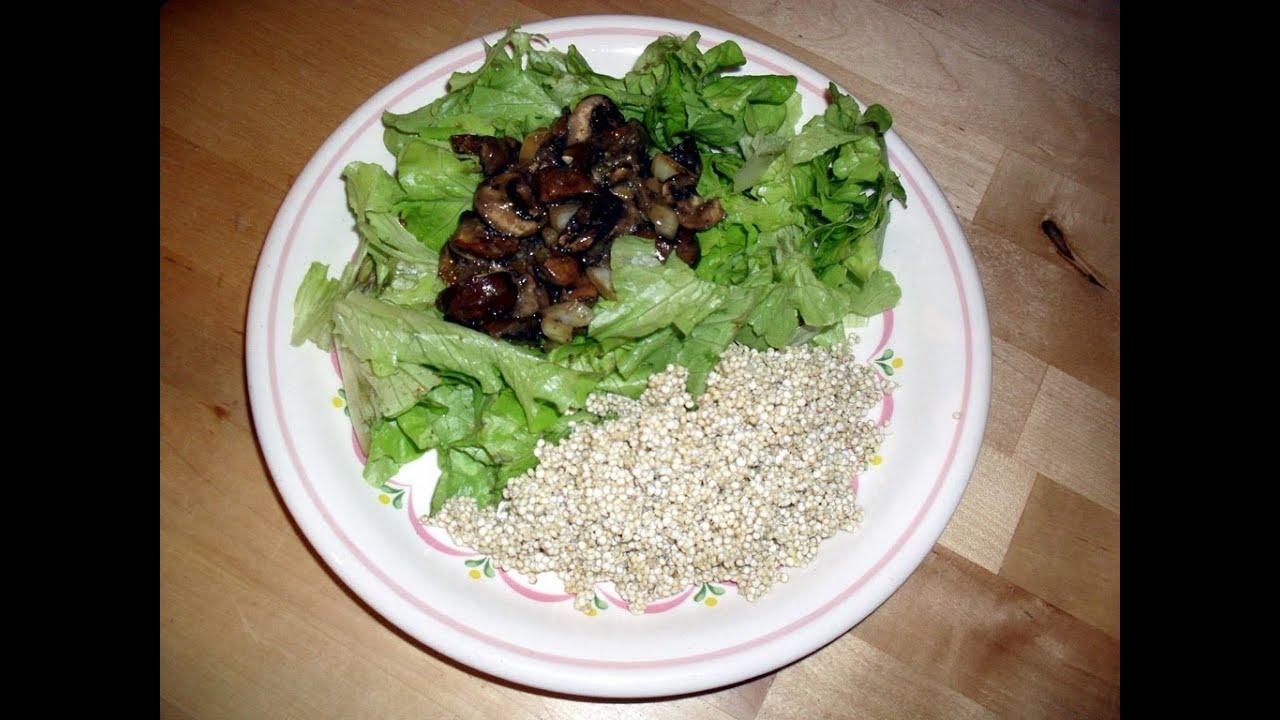 Rohveganes Pilzragout mit Quinoasprossen - Vitamin D auch im Winter